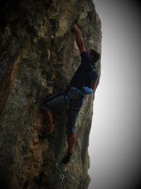 Dani Piccini (napokon) hvata stisak u detalju Skyhooka po teškoj buri u sezoni 2012-te!