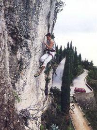 Kralj Marjana u akciji sredinom 90-tih - di drugdi nego u Marulianusu. Foto: Climbing Magazine
