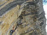 Markus tijekom uspješnog pokušaja! Liniju je sam zabušia i po svemu sudeći trenutno je najteža u Šopotu. Kralj Frankenjure je u Istri ove zime provea ukupno oko misec dana - dolazia je ukupno 2-3 puta po 10-15 dana.