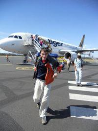 Perija Putnik režić pun energije i dinamike, snimljen pri sljetanju u Hobart!!!